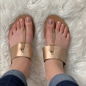 Steve Madden rose gold tong sandals